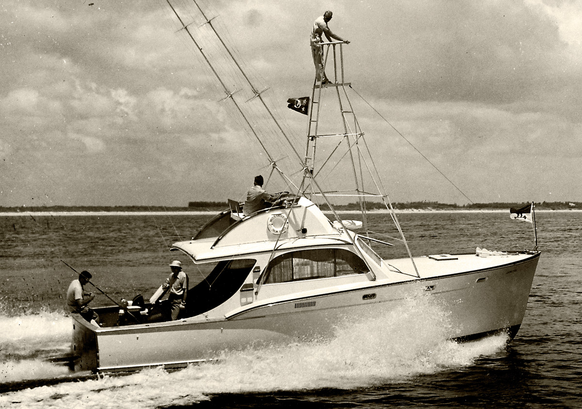 Miss Chevy IV, the second Rybovich built for Charles F. Johnson, featured a broken sheer and no trunk cabin