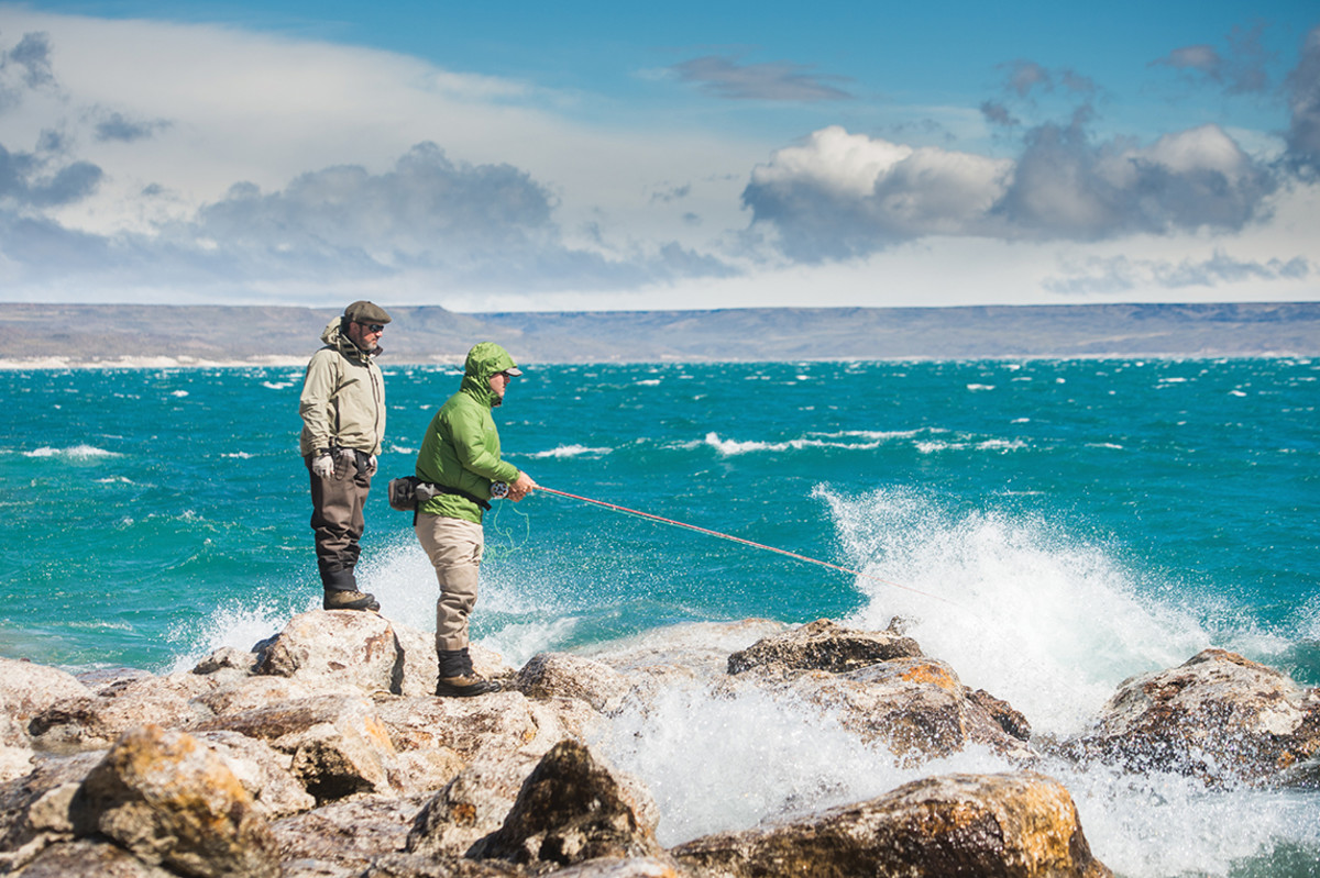 Weather on Lago Strobel can change from calm to a Force 7 gale in minutes. Blustery conditions can make things challenging when fish are just out of range.
