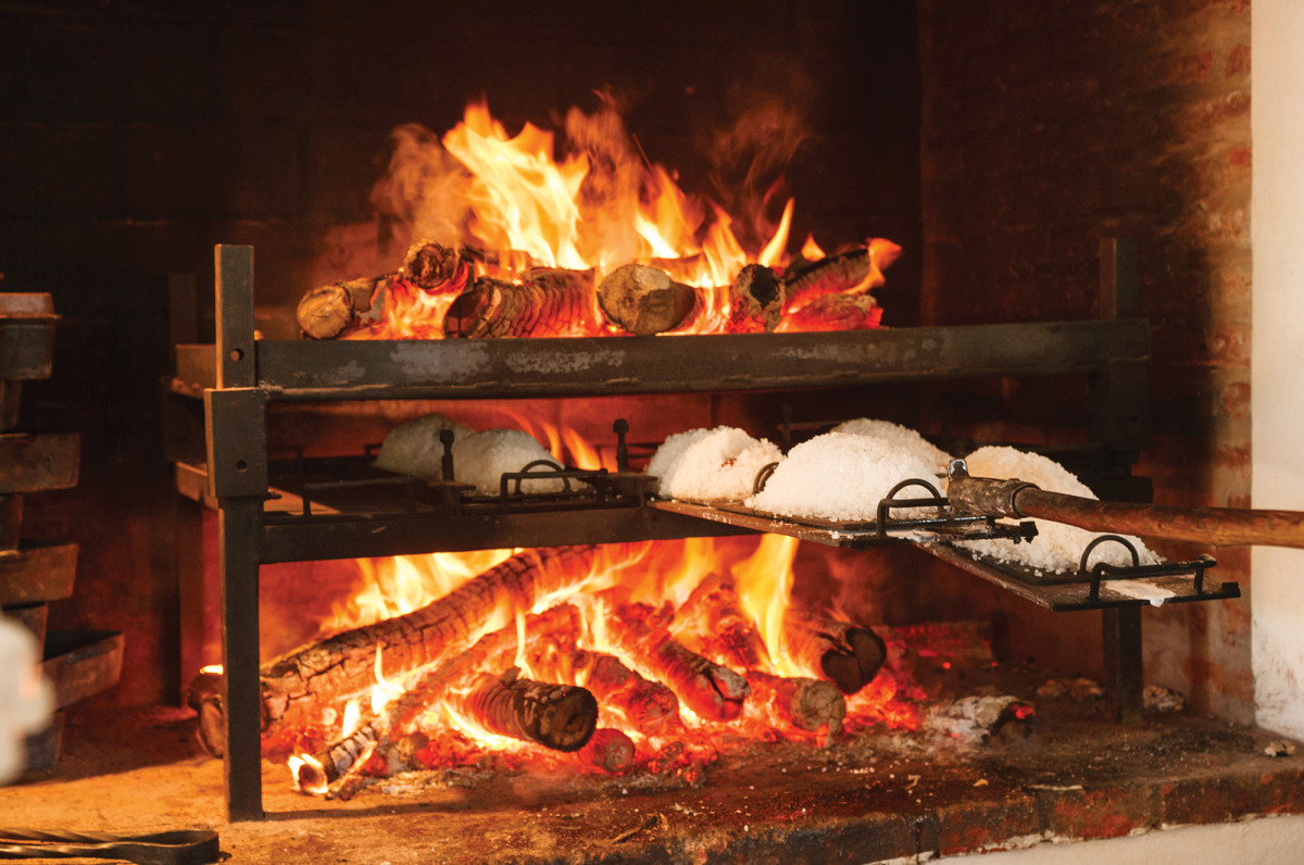 "This double wood fire is called an infiernillo, or ""little hell,"" by Francis Mallmann, the Argentine celebrity chef and author."