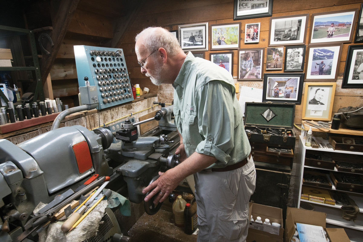 The innovative split-cane maestro refines a fitting on his lathe. Brandin was an early adopter of the demanding hollow-building technique.