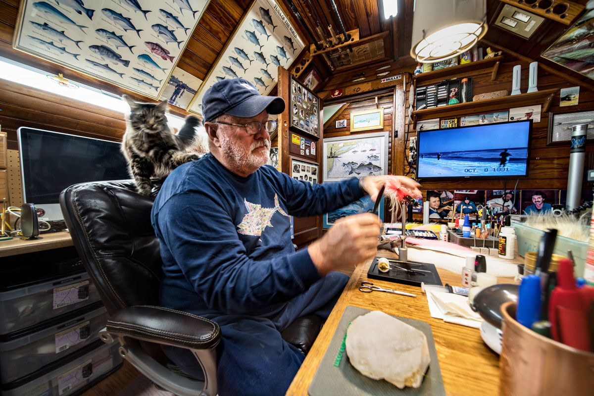 The entire upper floor of Popovics' home is dedicated to fly tying and fishing. His cat Suzie has the run of the place. In the mid-1980s, Popovics would host  Tuesday evening sessions that drew tyers from hundreds of miles.