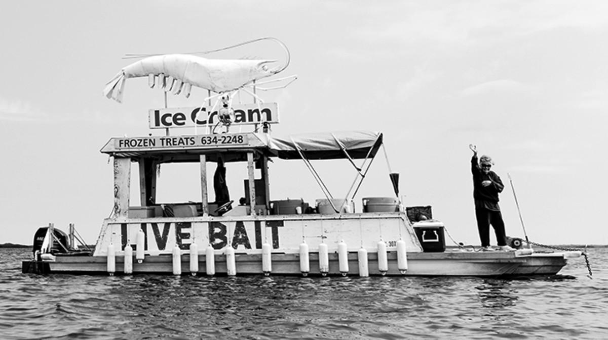 news2-bait-lady