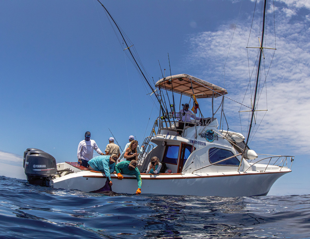 A 33-foot sportfish was the platform for three-plus days of fishing.