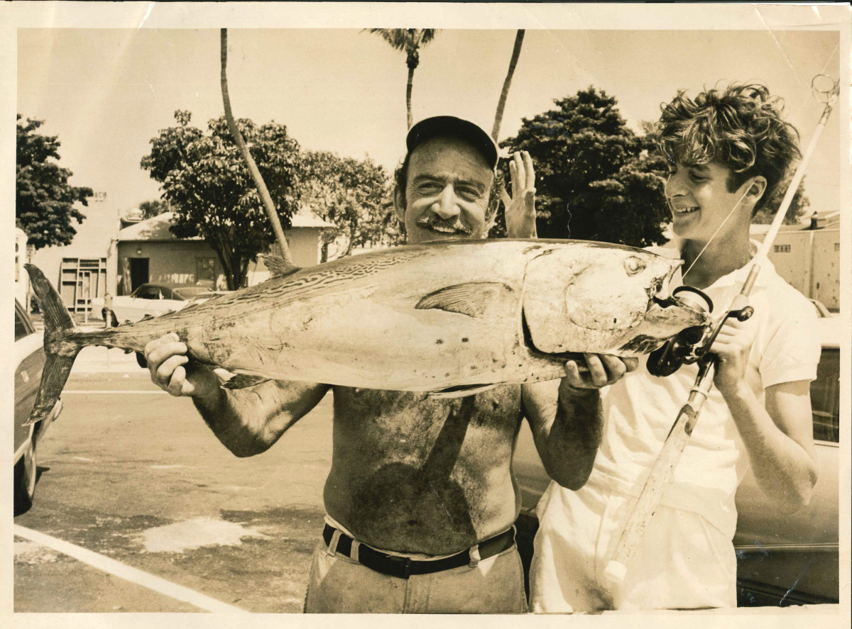 The author and Al Green, the dockmaster at a southern Miami Beach marina, with a chunky bonito (false albacore) that was only a half-pound shy of an IGFA world record at the time.